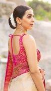 Latest Still Nikki Galrani Heroine 6636