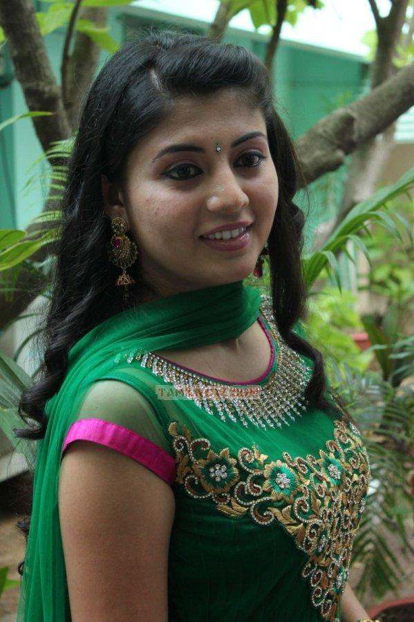 Nimisha Suresh Stills 4594