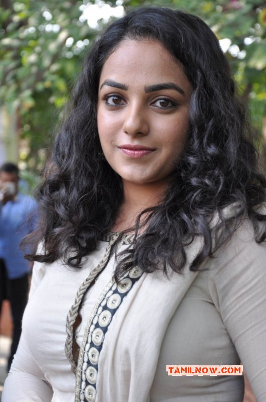 Actress Nithya Menon Wallpaper 2020