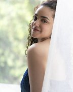Album Movie Actress Nithya Menon 3264