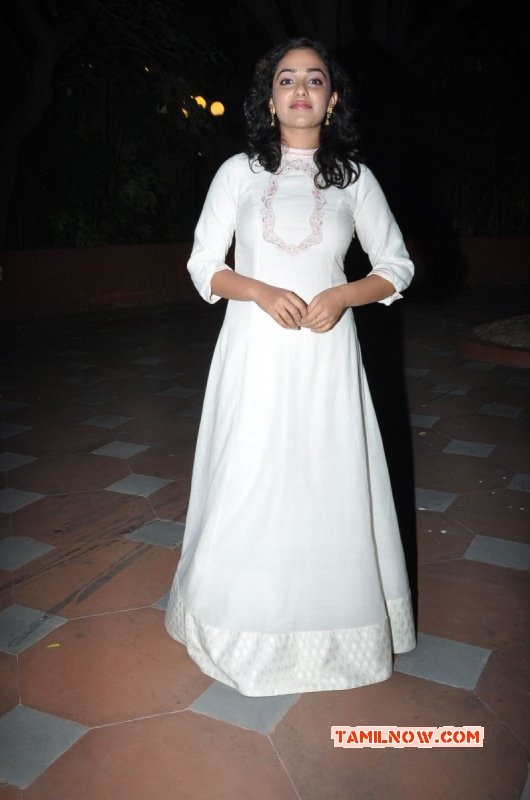New Pictures Nithya Menon 4177