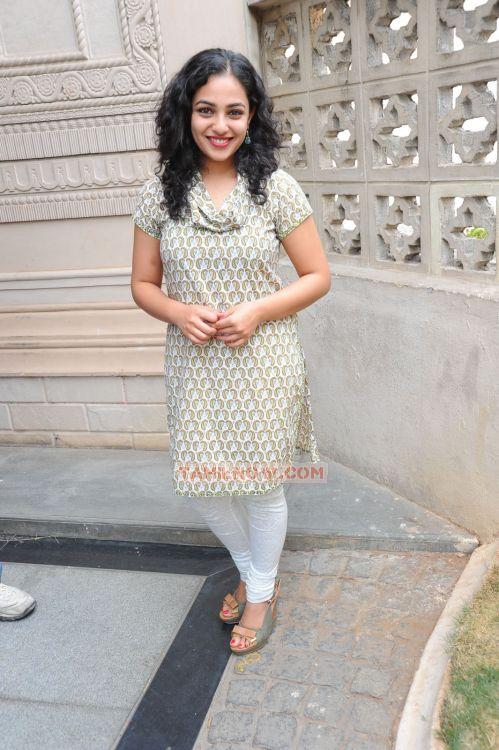 Tamil Actress Nithya Menon Photos 5469