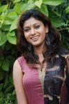 Actress Oviya 8161