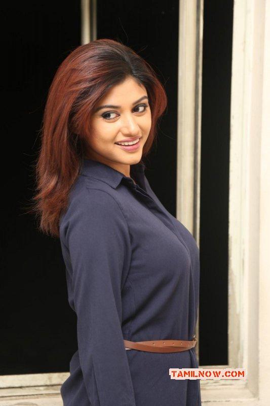 Indian Actress Oviya Latest Stills 3775