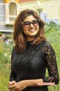 New Wallpapers Cinema Actress Oviya 810