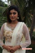 Oviya Actress Latest Image 2559