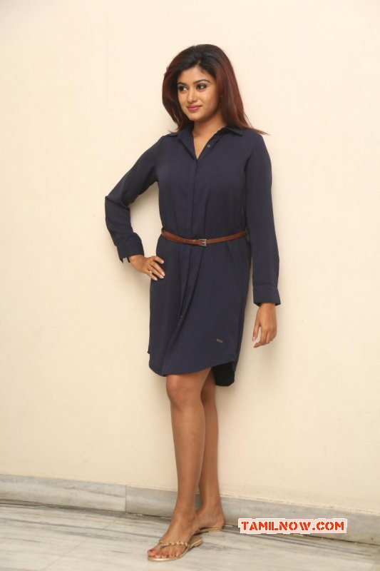 Oviya Movie Actress New Pics 7787