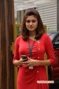 Oviya Tamil Heroine New Still 9037