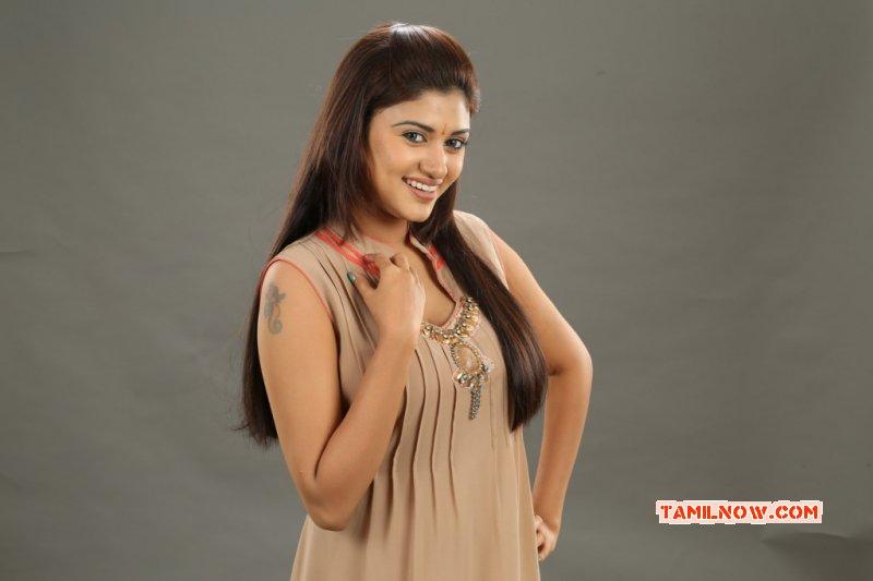 Tamil Movie Actress Oviya Latest Photo 6928