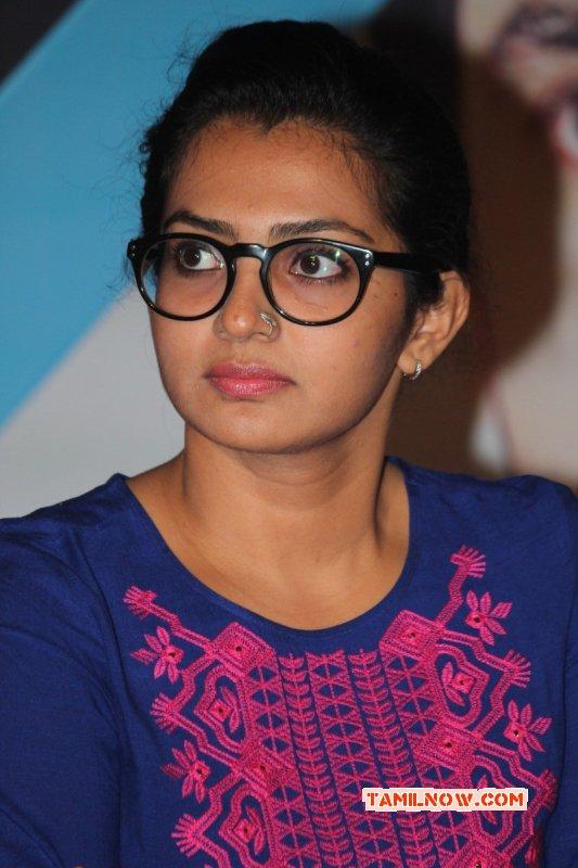 Cinema Actress Parvathy Thiruvoth 2016 Pics 8798