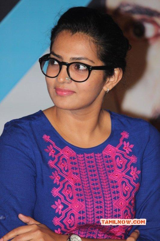 Jan 2016 Pic Parvathy Thiruvoth Tamil Movie Actress 3736