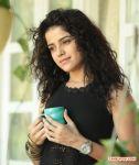 Tamil Actress Piaa Bajpai 8042