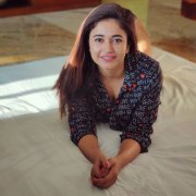 Stills Poonam Bajwa Tamil Heroine 9402