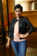 New Albums Poorna Tamil Actress 3179