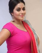 New Images Tamil Movie Actress Poorna 9706