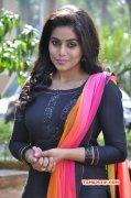 Poorna Film Actress Albums 6184