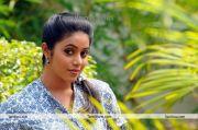 Tamil Actress Poorna Photo1