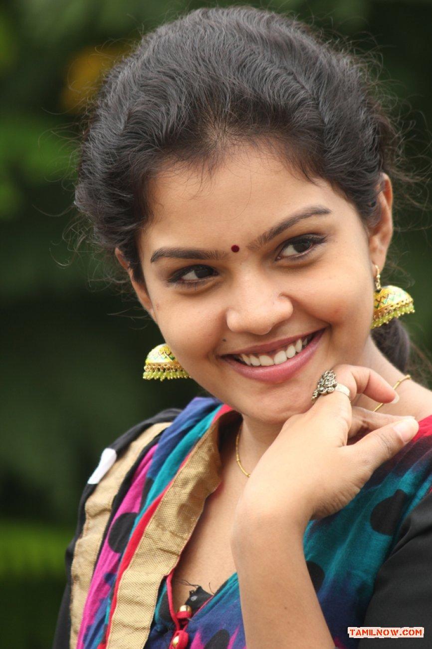 Preethi Stills 1089