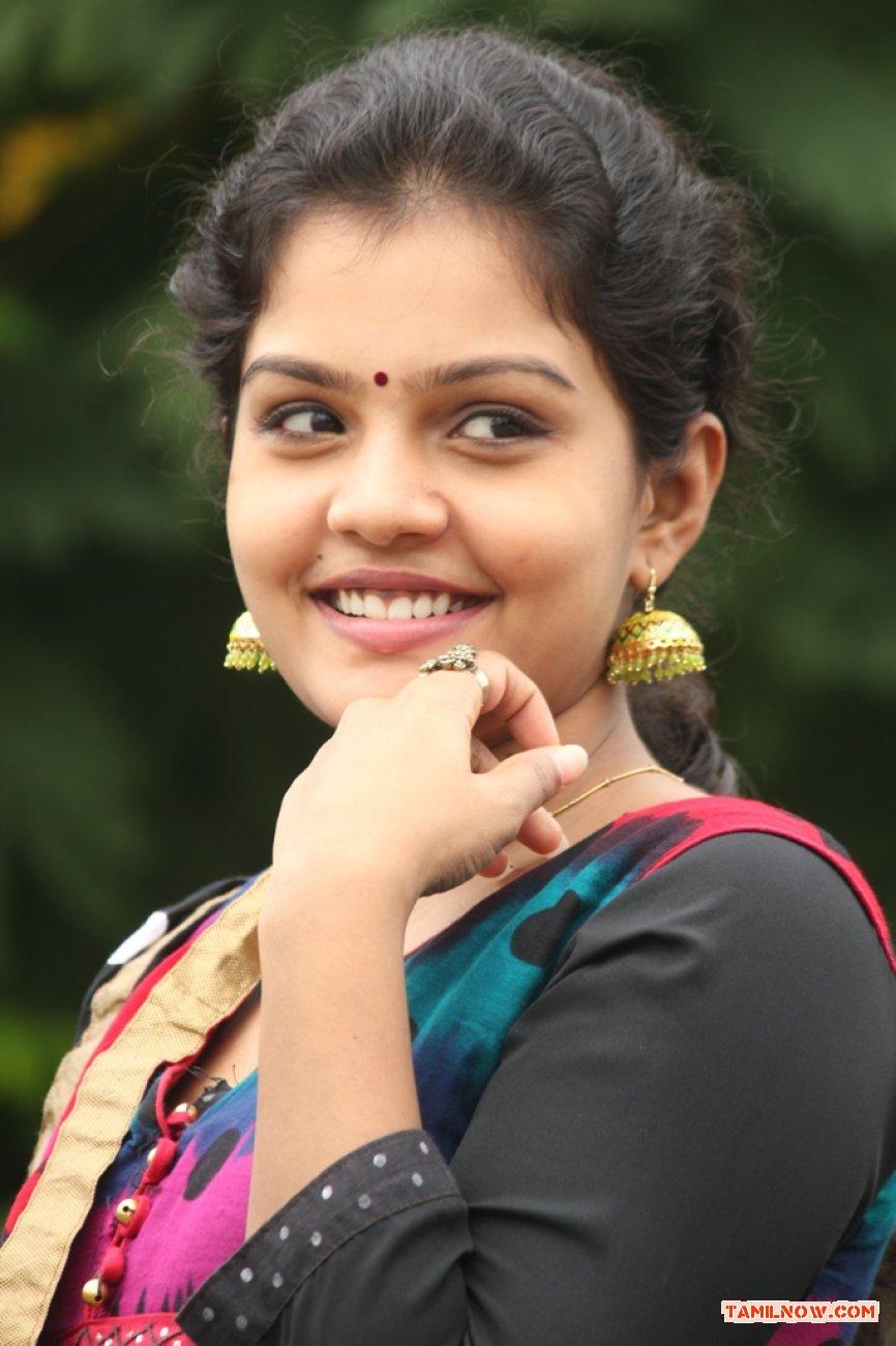 Tamil Actress Preethi 5382