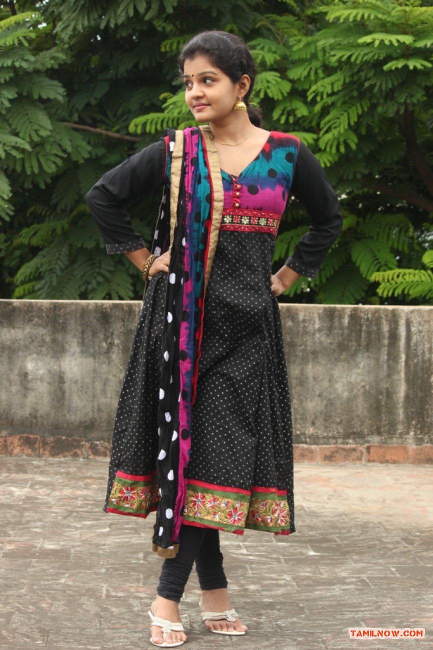 Tamil Actress Preethi 5909