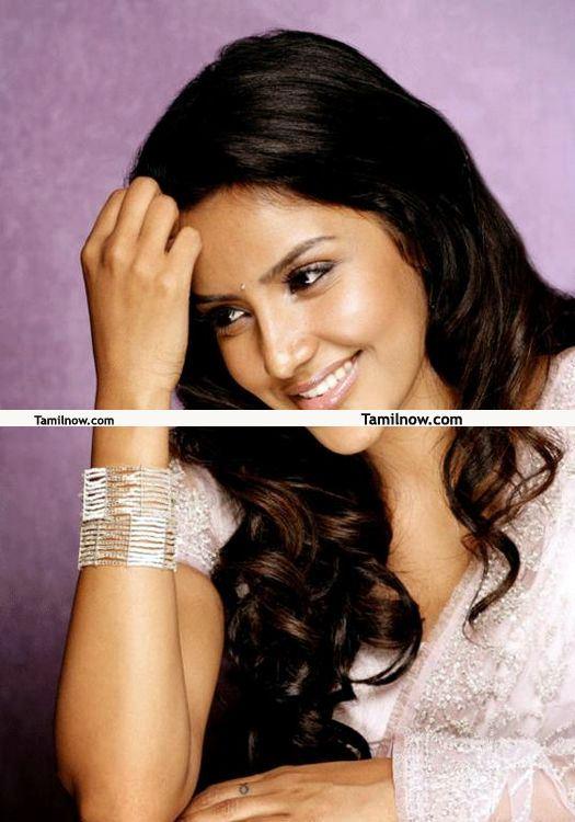 Actress Priya Anand 12