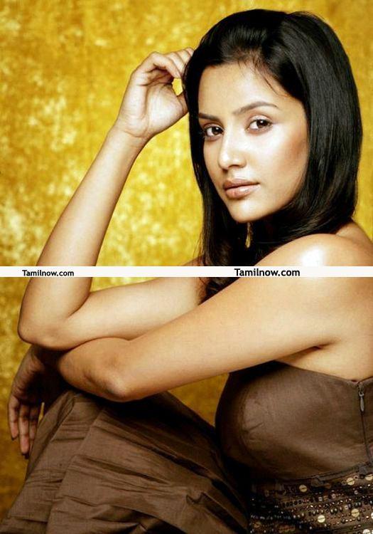 Actress Priya Anand Photos 9