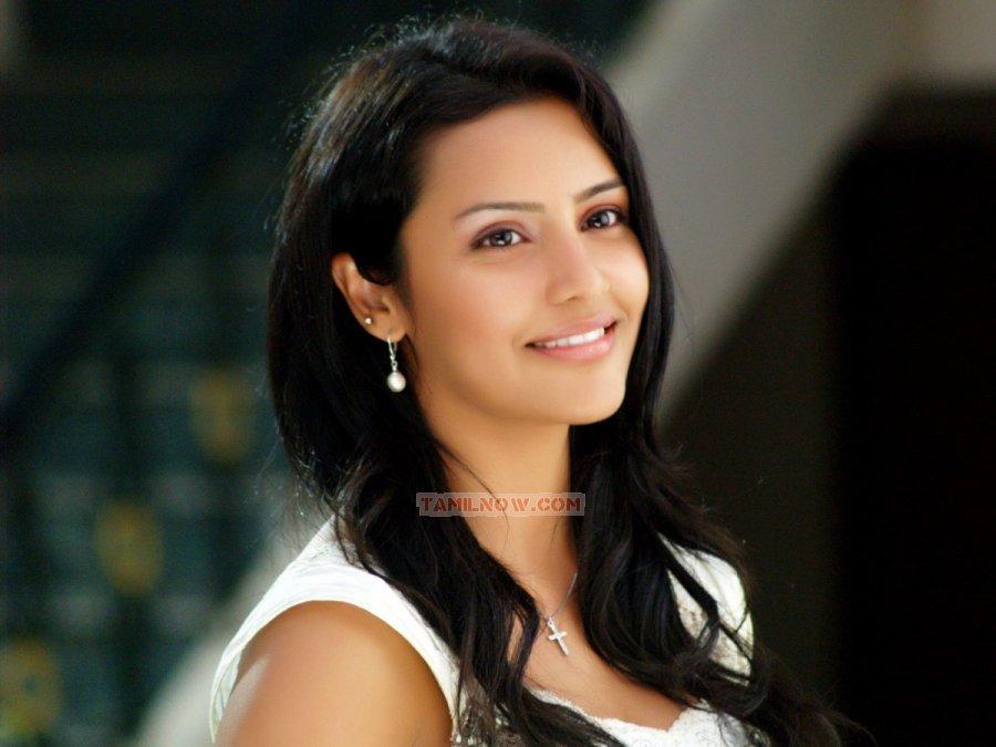 Priya Anand 3474