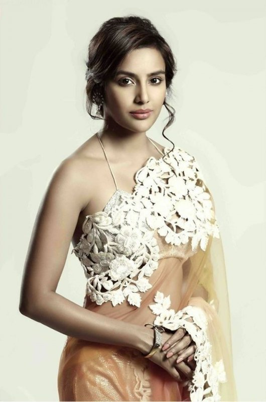 Priya Anand Indian Actress Jul 2020 Pics 7075