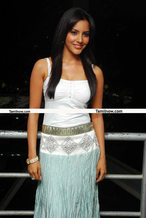 Priya Anand Photos 8