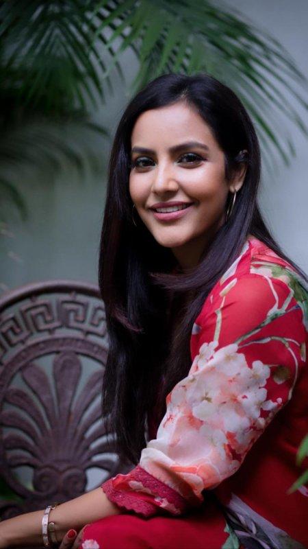 Priya Anand Tamil Movie Actress Nov 2019 Image 4503