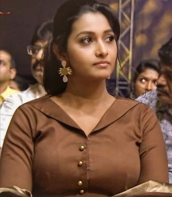 2020 Wallpapers Priya Bhavani Shankar Movie Actress 4332