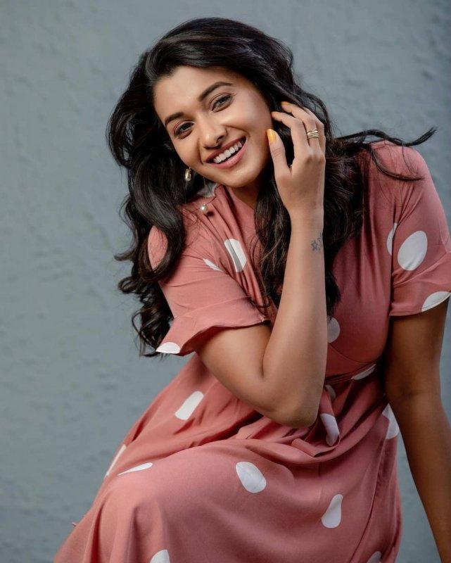 Indian Actress Priya Bhavani Shankar 2021 Albums 7719