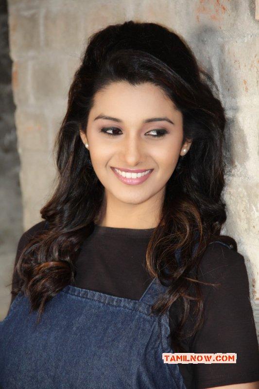 Priya Bhavani Shankar Heroine Stills 3688