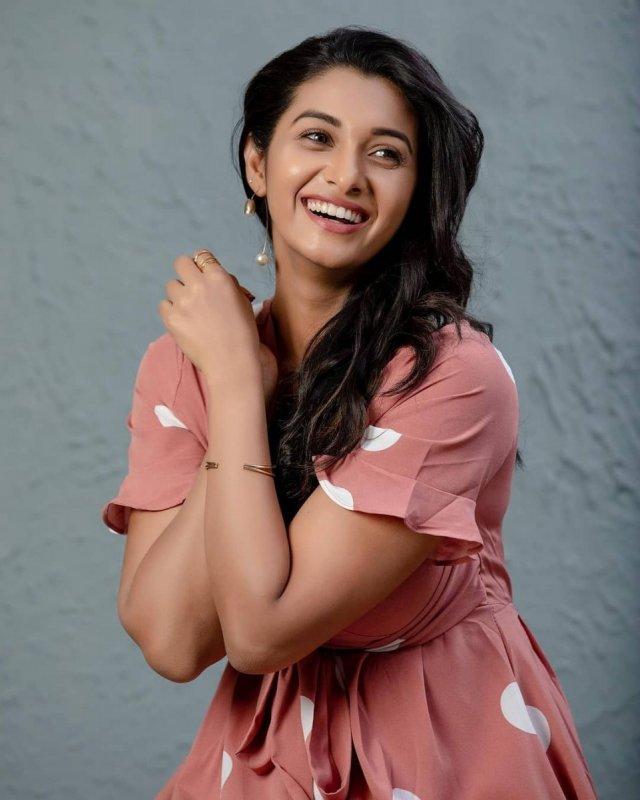 Priya Bhavani Shankar Movie Actress 2021 Album 1040