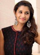 Priya Bhavani Shankar South Actress 2020 Albums 548