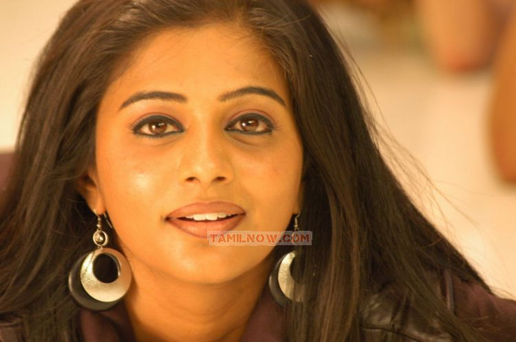 Actress Priyamani Latest Photo 464