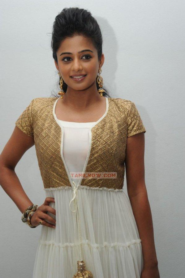 Tamil Actress Priyamani 2399