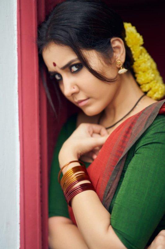 Latest Gallery Tamil Movie Actress Raashi Khanna 4780