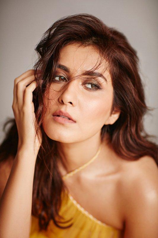 Recent Photo Actress Raashi Khanna 8614