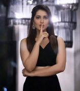Recent Picture Raashi Khanna Tamil Actress 2481