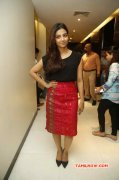 Latest Picture Indian Actress Radhika Apte 3815