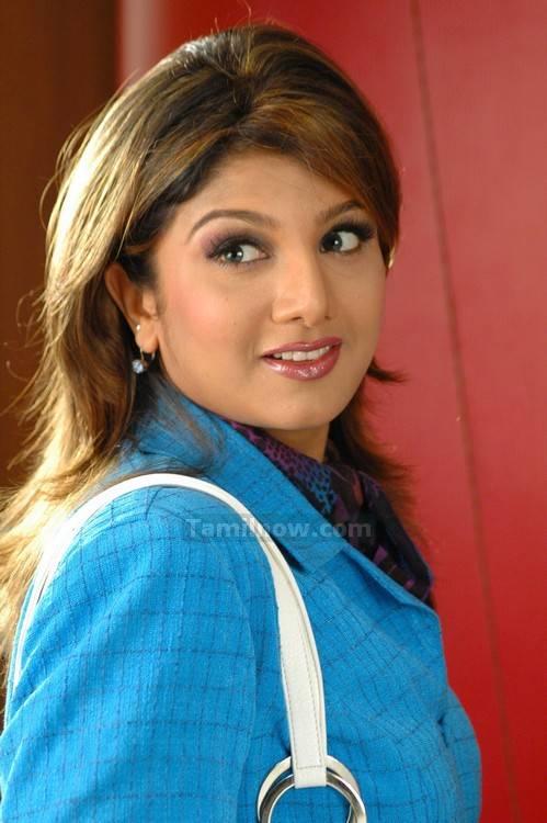 Actress Ramba 2 - Tamil Actress Rambha Photos