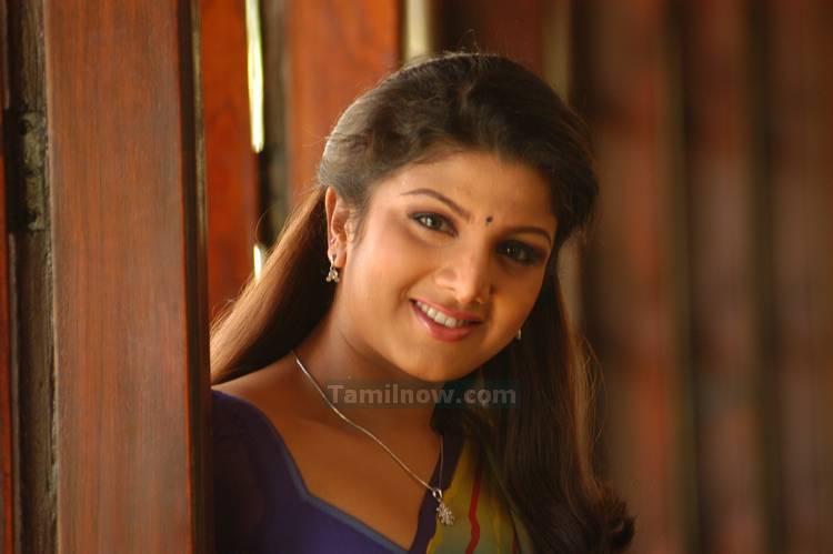 Actress Rambha Still 2 - Tamil Actress Rambha Photos