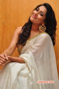 Albums Actress Rashmi Gautam 7986