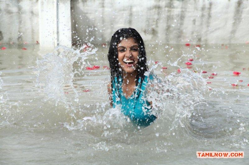 Actress Rasna 1721