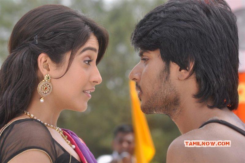 Tamil Movie Actress Regina Cassandra New Photos 6287