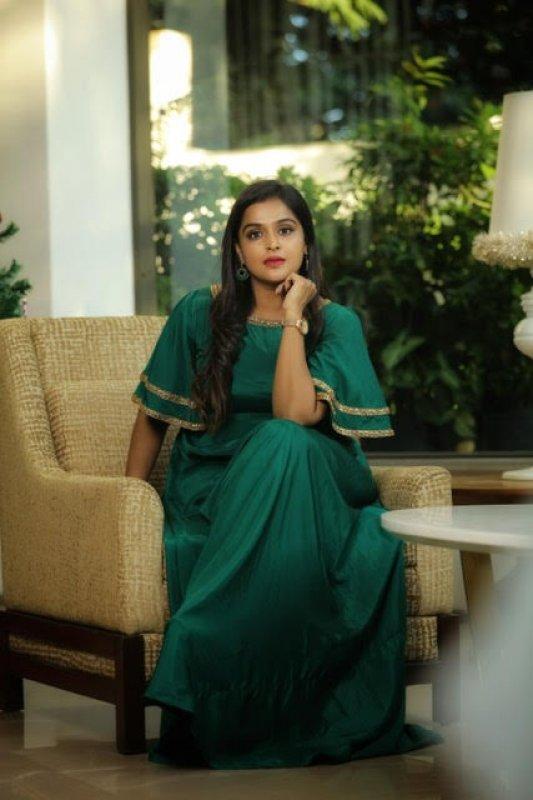2020 Image Actress Remya Nambeesan 455