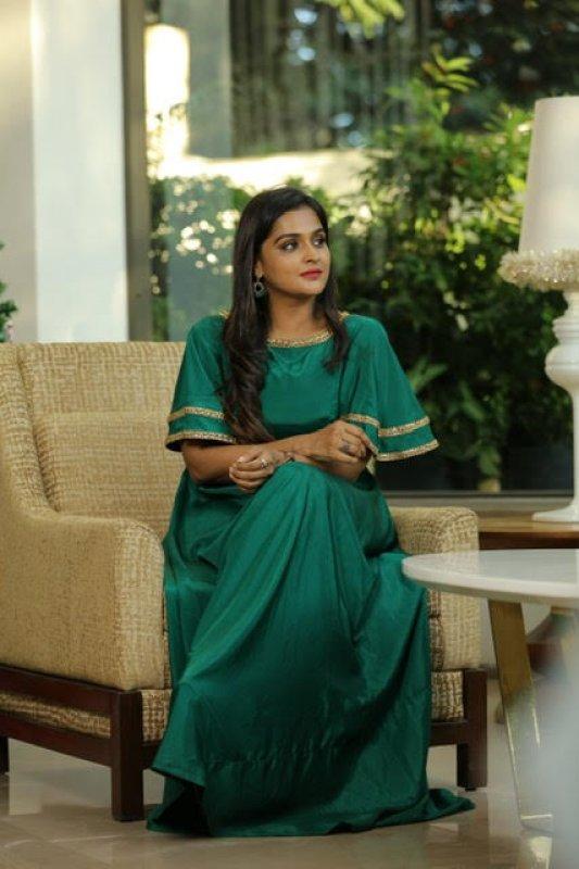 New Images Film Actress Remya Nambeesan 8570
