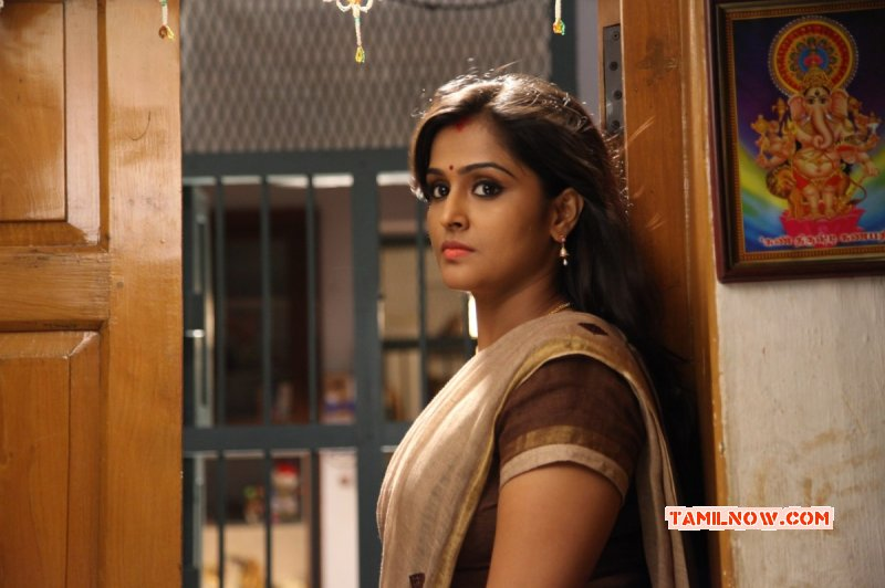 New Photo Heroine Remya Nambeesan 6584