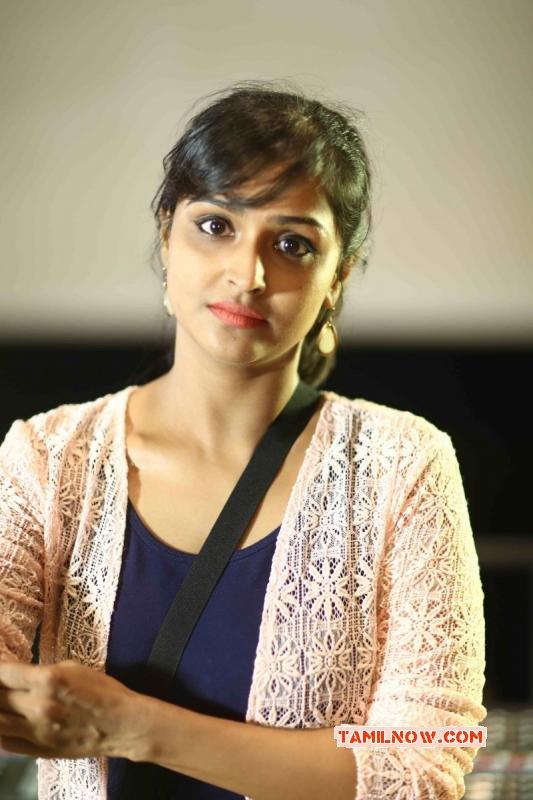Recent Images Film Actress Remya Nambeesan 7776